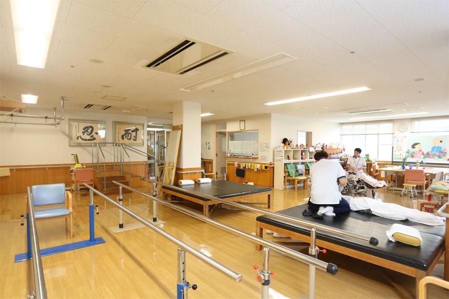 広橋病院 リハビリ室